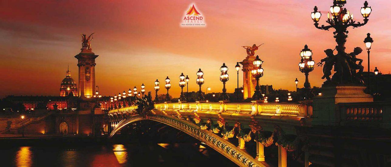 NGÀY 1 VIỆT NAM – PARIS
